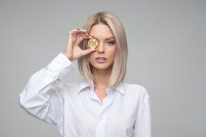 Vrouw met munt